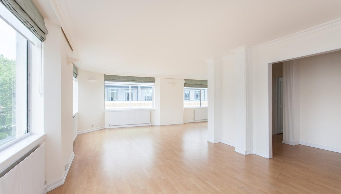 Flat For Sale In St. Pauls Court, 56 Manchester Street, London, W1